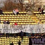 Cele mai bune mesaje afisate de galerii pe stadioane